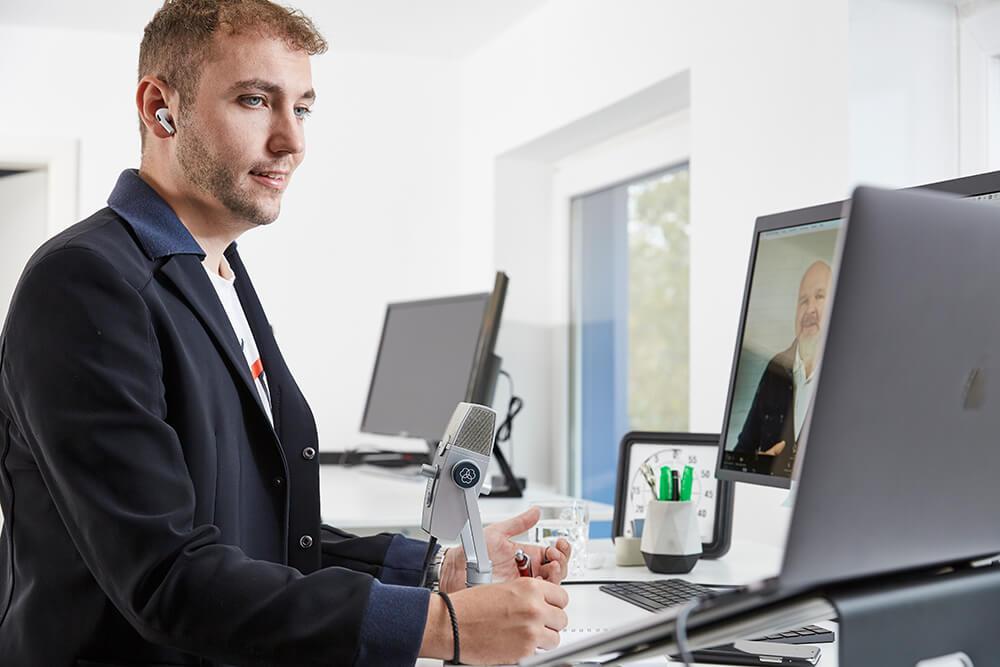 Coachingtermin mit Kunden und Simon Wohlleb Weltraum.de Weltraum Online Marketing